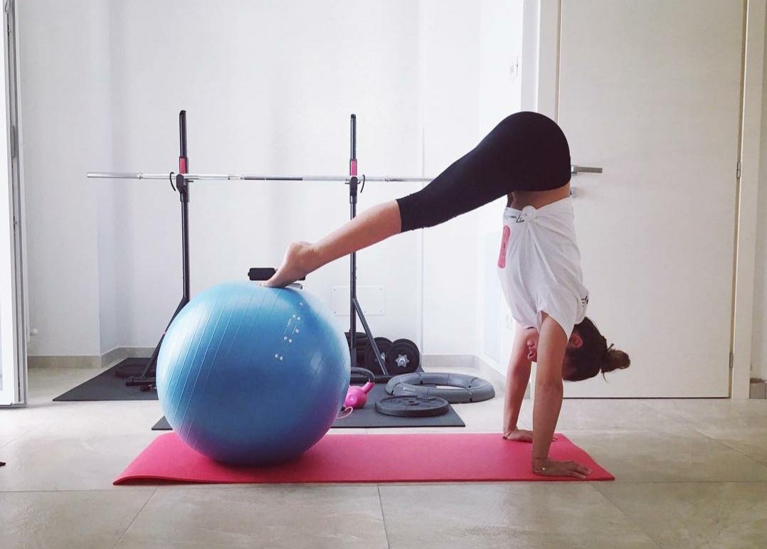 Martina Doveri insegnante Pilates matwork e pilates personalizzato presso associazione il centro 4.0 viareggio versilia