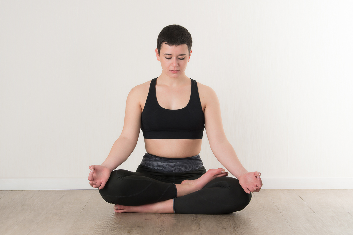 Il Centro 4.0 Viareggio ashtanga e posizione del loto, rilassarsi e sentire il proprio respiro